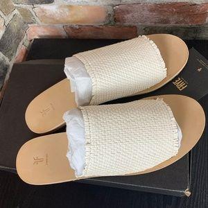 FRYE Womens Riley Slide Sneaker